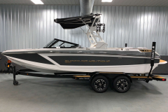White Flight Control Tower on the 2021 Nautique GS22 Wake Boat