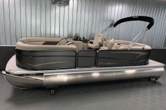 Interior/Exterior of the 2021 Premier 220 Sunspree RF Pontoon Boat
