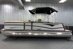 Exterior Design of the 2021 Premier 230 Solaris RL Tritoon Boat