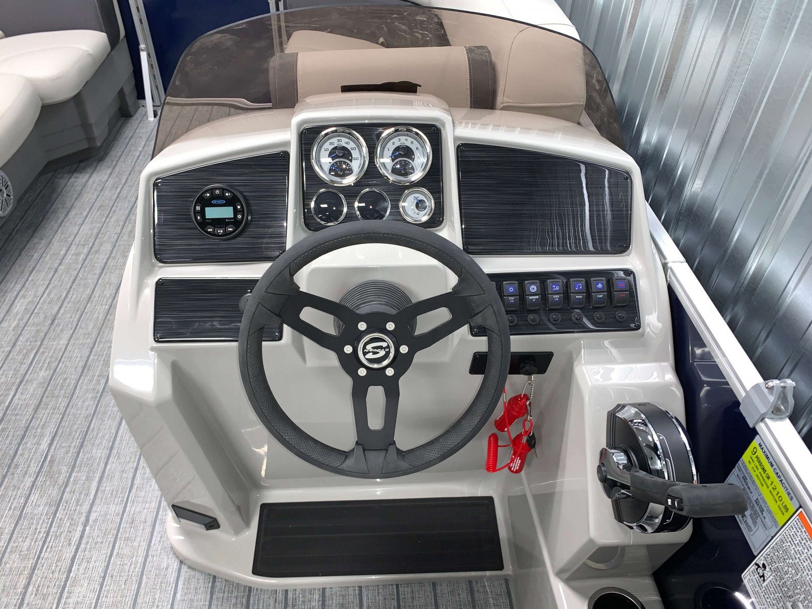 Helm of the 2021 Sylvan 820 LZ Pontoon Boat
