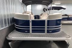 Bow Swim Deck of the 2021 Sylvan 820 LZ Pontoon Boat