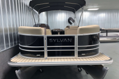 Bow Swim Deck of the 2021 Sylvan 8520 Party Fish Pontoon Boat