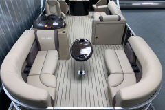 Teak Weave Vinyl Flooring on the 2021 Sylvan 8520 Party Fish Pontoon Boat