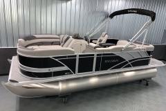 Exterior/Interior of the 2021 Sylvan L1 Cruise Pontoon Boat