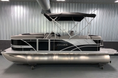 "25"" Pontoon Logs of the 2021 Sylvan L1 Cruise Pontoon Boat"