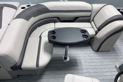 Cruise Style Seating of the 2021 Sylvan L1 Cruise Pontoon Boat
