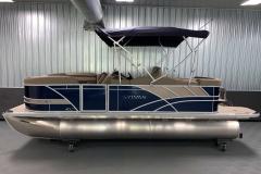 "25"" Pontoon Logs of the 2022 Sylvan L1 Cruise Pontoon Boat"