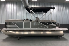 10' Bimini Top of the 2021 Sylvan L1 LZ Tritoon Boat