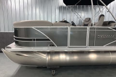 "25"" Pontoon Logs of the 2021 Sylvan L1 LZ Tritoon Boat"