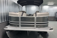 Bow Swim Deck of the 2021 Sylvan L1 LZ Tritoon Boat
