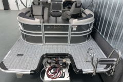 Rear Swim Deck of the 2021 Sylvan L1 LZ Tritoon Boat