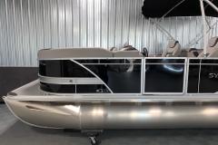 D-Rail Panel Design of the 2022 Sylvan L3 LZ Pontoon Boat