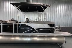 Two-Tone Exterior of the 2022 Sylvan L3 LZ Pontoon Boat