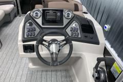 Helm of the 2022 Sylvan L3 LZ Pontoon Boat