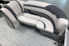 Soft Touch Vinyl Furniture of the 2022 Sylvan L3 LZ Pontoon Boat
