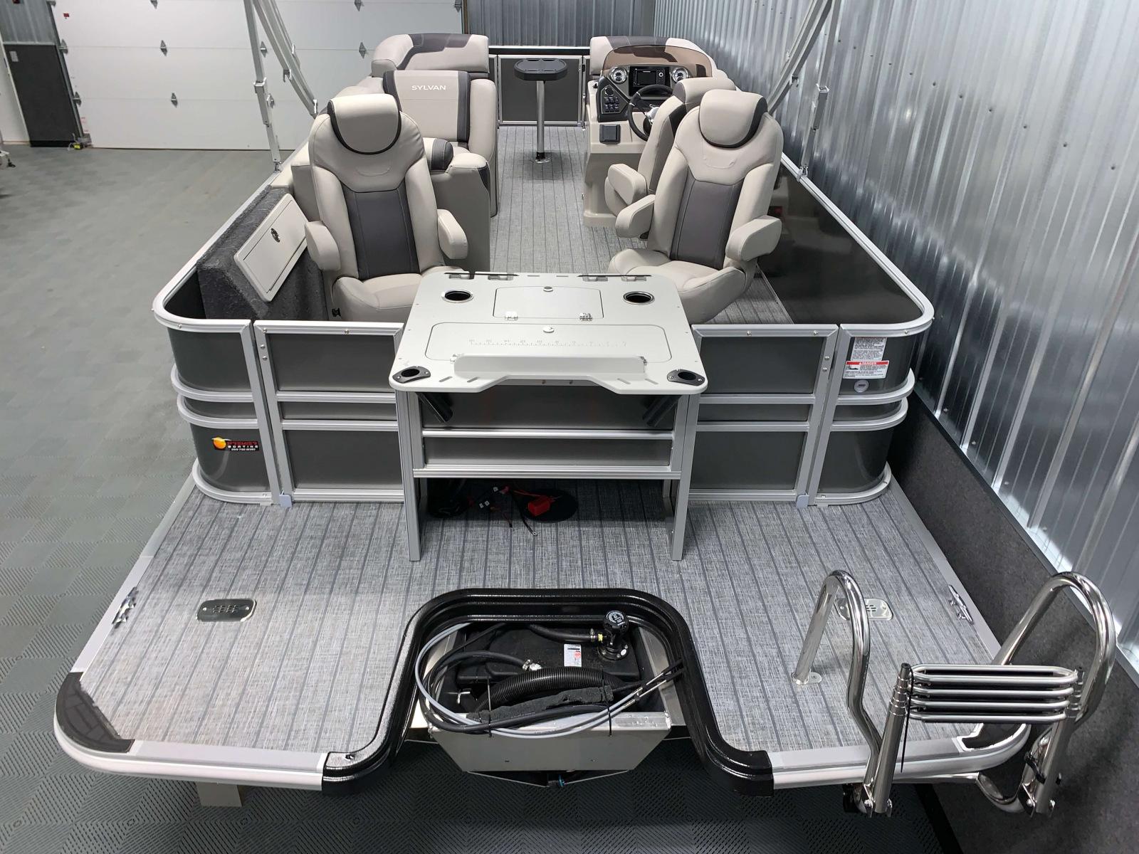 Rear Swim Deck of the 2022 Sylvan L3 Party Fish Pontoon Boat