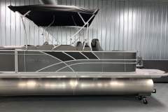Two-Tone Exterior of the 2022 Sylvan L3 Party Fish Pontoon Boat