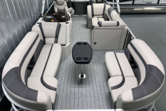 Teak Weave Vinyl Flooring on the 2022 Sylvan L3 Party Fish Pontoon Boat