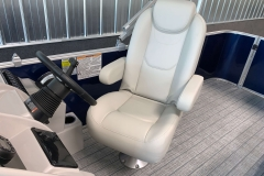 High Back Captain's Chair on a 2021 Sylvan Mirage 8520 Cruise Pontoon Boat