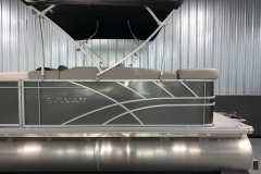Chrome Sylvan Decal of a 2022 Sylvan Mirage 8520 Cruise Pontoon Boat