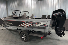Trailer Guides of the 2022 Smoker Craft Adventurer 188 DC Fishing Boat