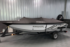 Full Mooring Cover of the 2022 Smoker Craft Pro Angler Fishing Boat