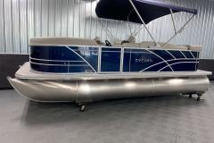 Exterior Design of the 2022 Sylvan Mirage 8520 Cruise Pontoon Boat
