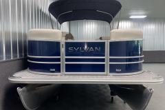 Bow Swim Deck of the 2022 Sylvan Mirage 8520 Cruise Pontoon Boat