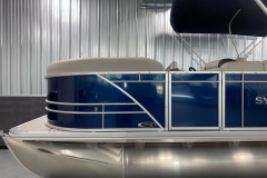 Blue Panel Color on the 2022 Sylvan Mirage 8520 Cruise Pontoon Boat