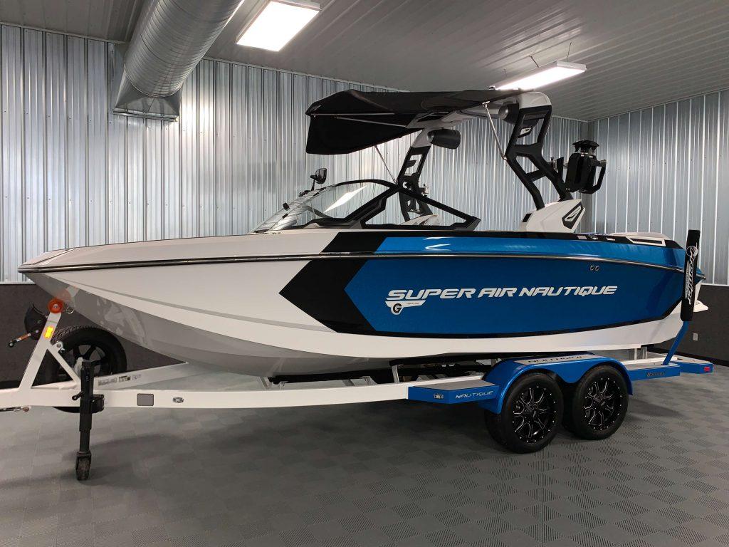 2020 Nautique G21 Wake Boat Masters Blue Flake 1